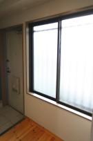 玄関 明かり取り窓